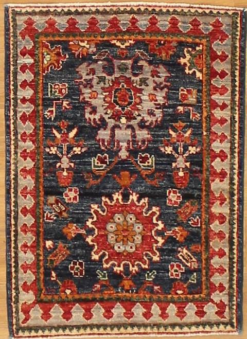 Small blue carpet 2'1 x 2'9