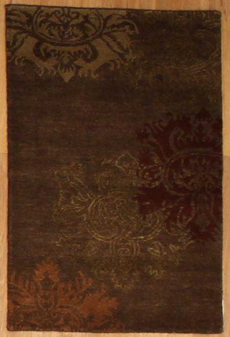 2' x 2'11 Handmade Tibetan Lotus Rug