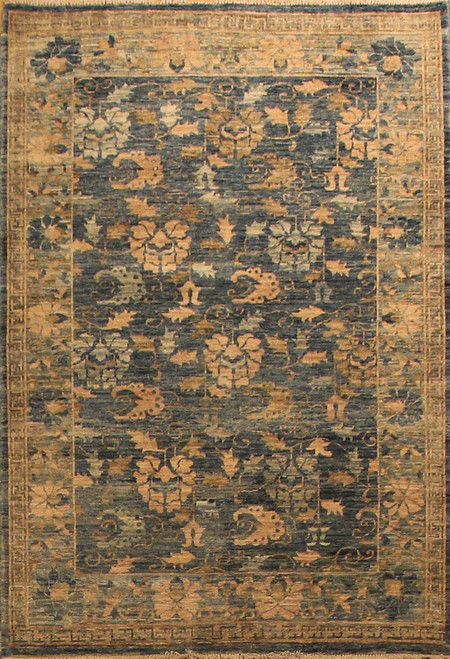 3'11 X 5'11 Transitional design rug