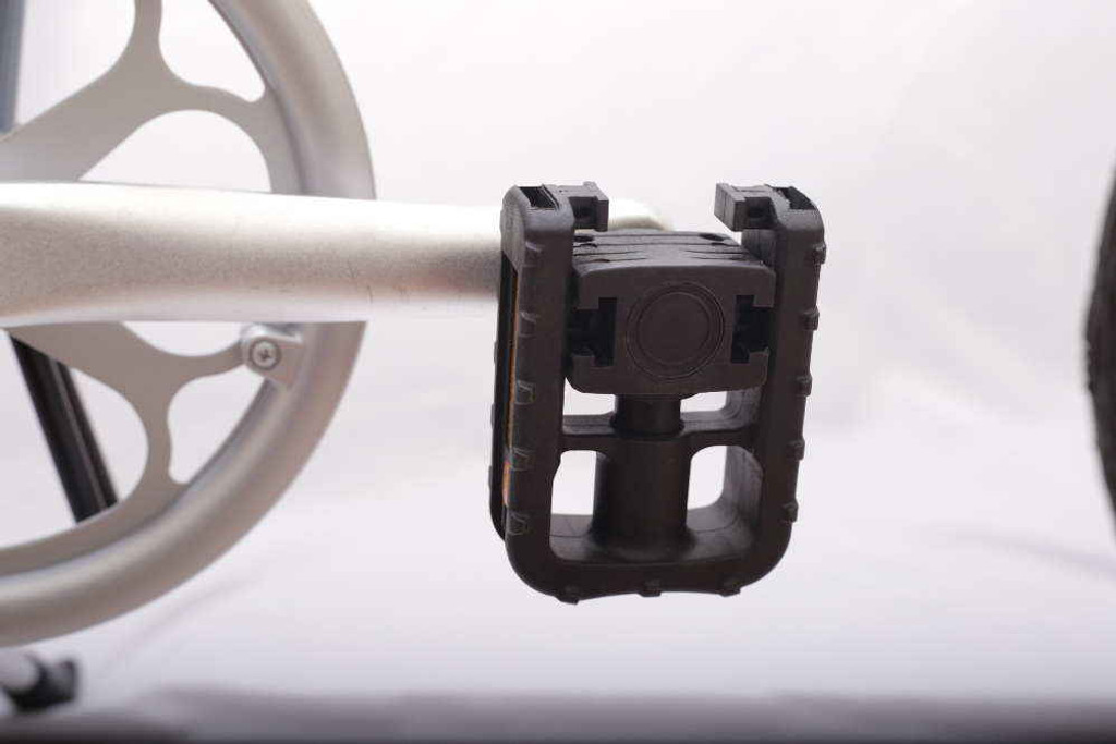 8S folding right pedal