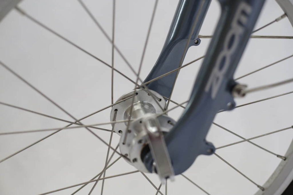 front bicycle hub