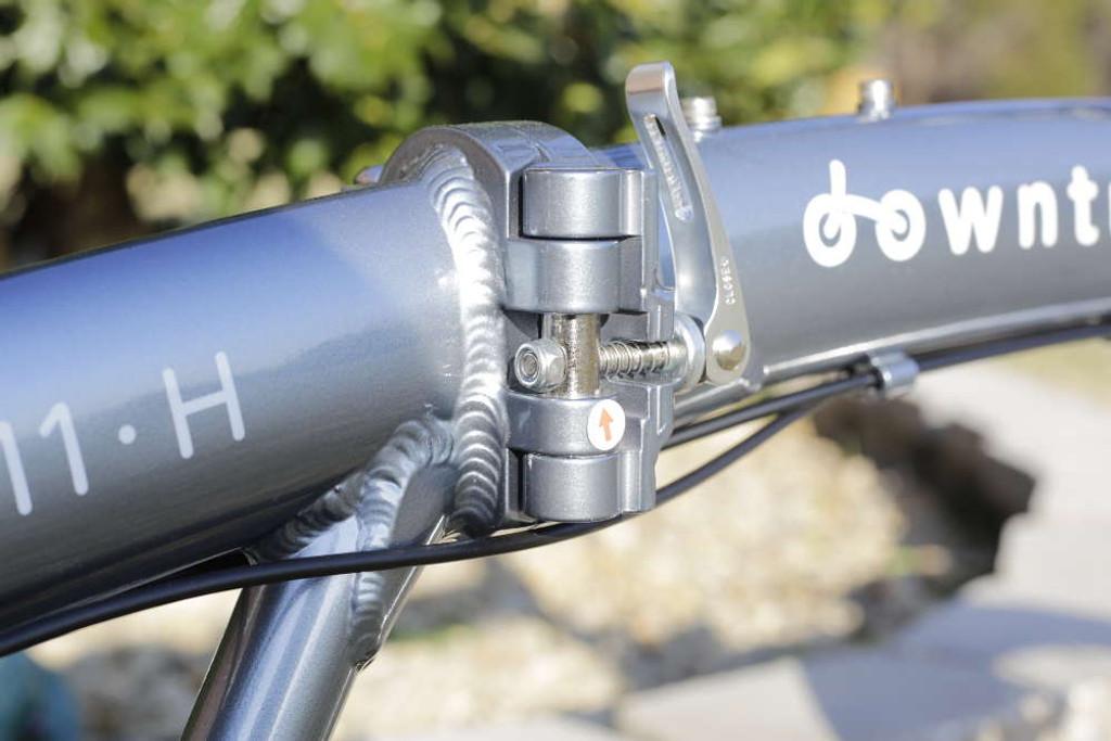 11H silver frame hinge
