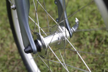 8C folding bike front hub