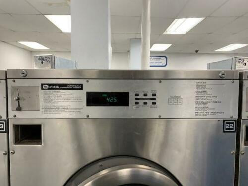 MAYTAG FRONT LOAD WASHER 50LB COIN OP STAINLESS STEEL S/N: 21000985EL USED (21000985EL)