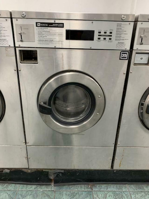 MAYTAG FRONT LOAD WASHER 25LB COIN OP STAINLESS STEEL S/N: 21000691EL USED