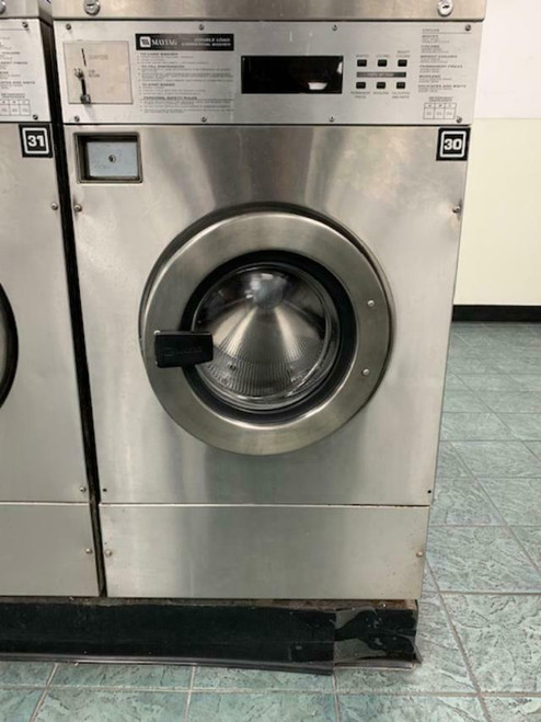 MAYTAG FRONT LOAD WASHER 25LB COIN OP MFR25PDAVS STAINLESS STEEL 3PHASE S/N: 21000689EL USED