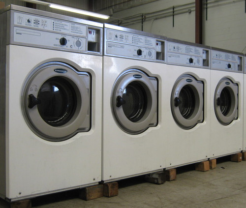 ^Wascomat Front Load Washer W620