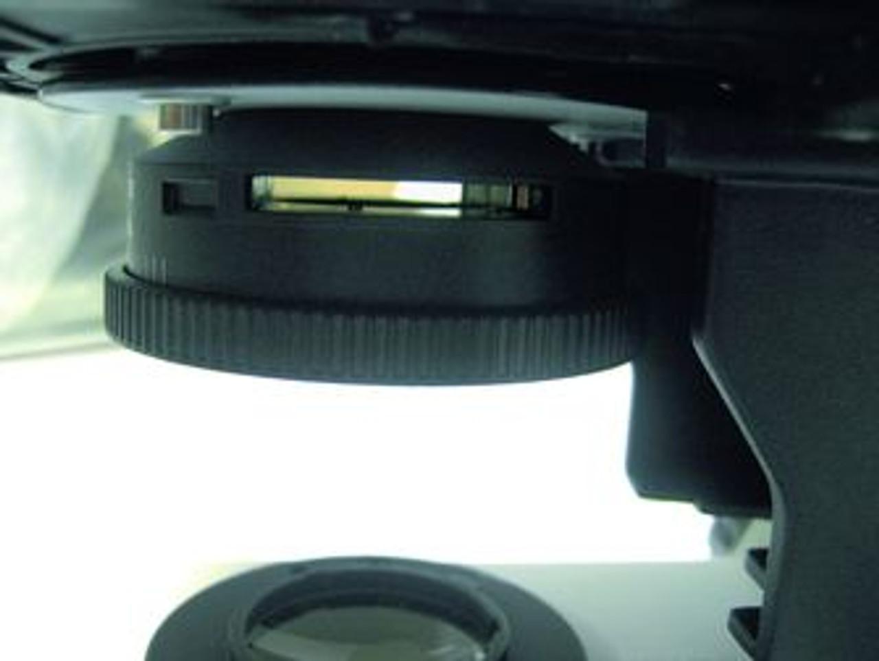 Leica DM750 Pre-focused condenser