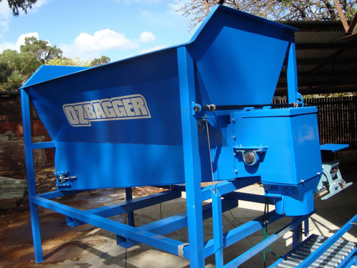 compost bagging machine - side