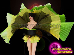 CHARISMATICO Green Yellow Black Pleated Multi-Layered Winged Skirt With Broad Belt