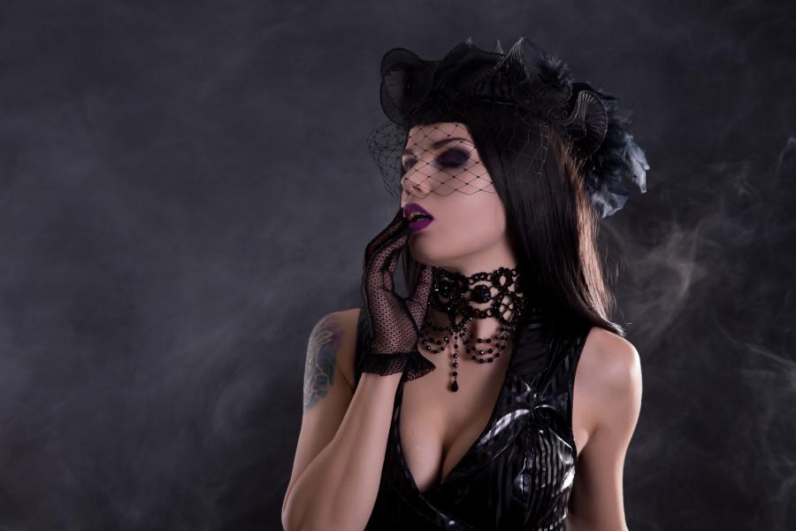 10 Spooky Halloween-Themed Entertainment Ideas