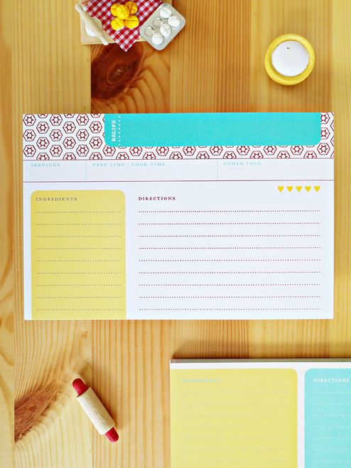 So much fun! These lively recipe cards feature eco-friendly printing, recycled paper and are double-sided for ample space to write out the entire recipe!