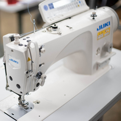 Juki DLN-9010A-SS Direct-drive, Single Needle, High-speed, Needle-feed, Lockstitch Machine  with CP180 control panel