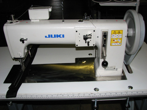Juki TSC-441UZ Single needle, Heavy duty, Unison Feed, walking foot (with table, motor & stand)