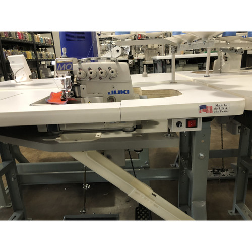 Juki MO-6816S DE630H  Serger 5 Thread (Setup with table, motor & stand)