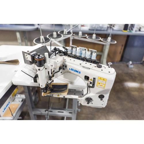 Juki MS-3580 SG1SN  Three Needle, differential feed off-the-arm machine (Setup with Table, Motor & Stand)