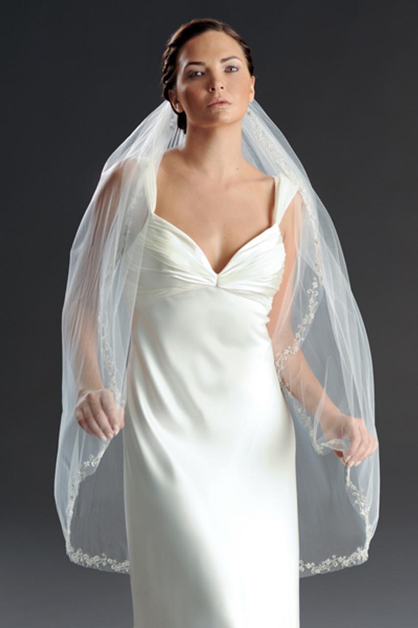 Erica Koesler Wedding Veil 806-40 - Beaded