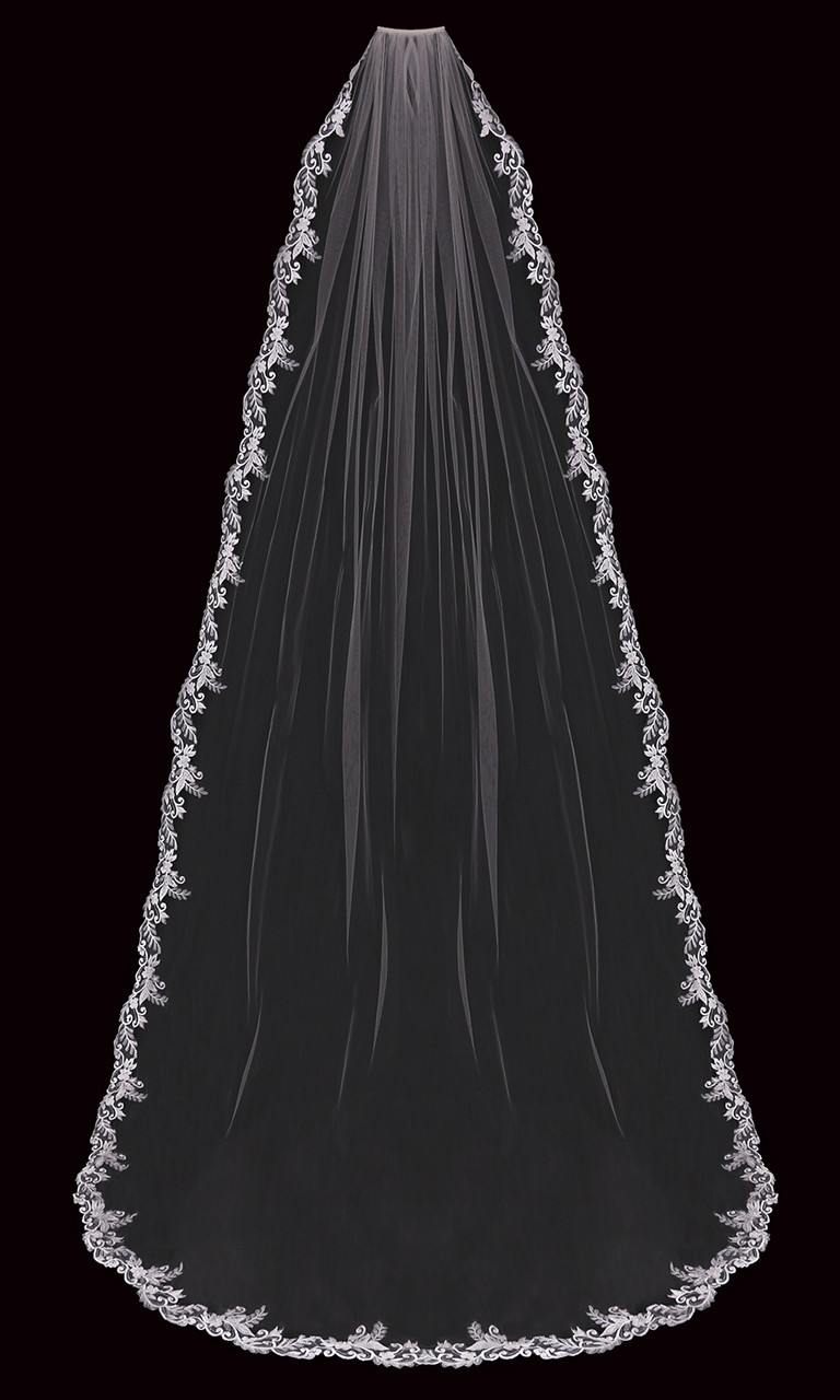 En Vogue Bridal Style V2196C - Cathedral Cut - 108 Inches