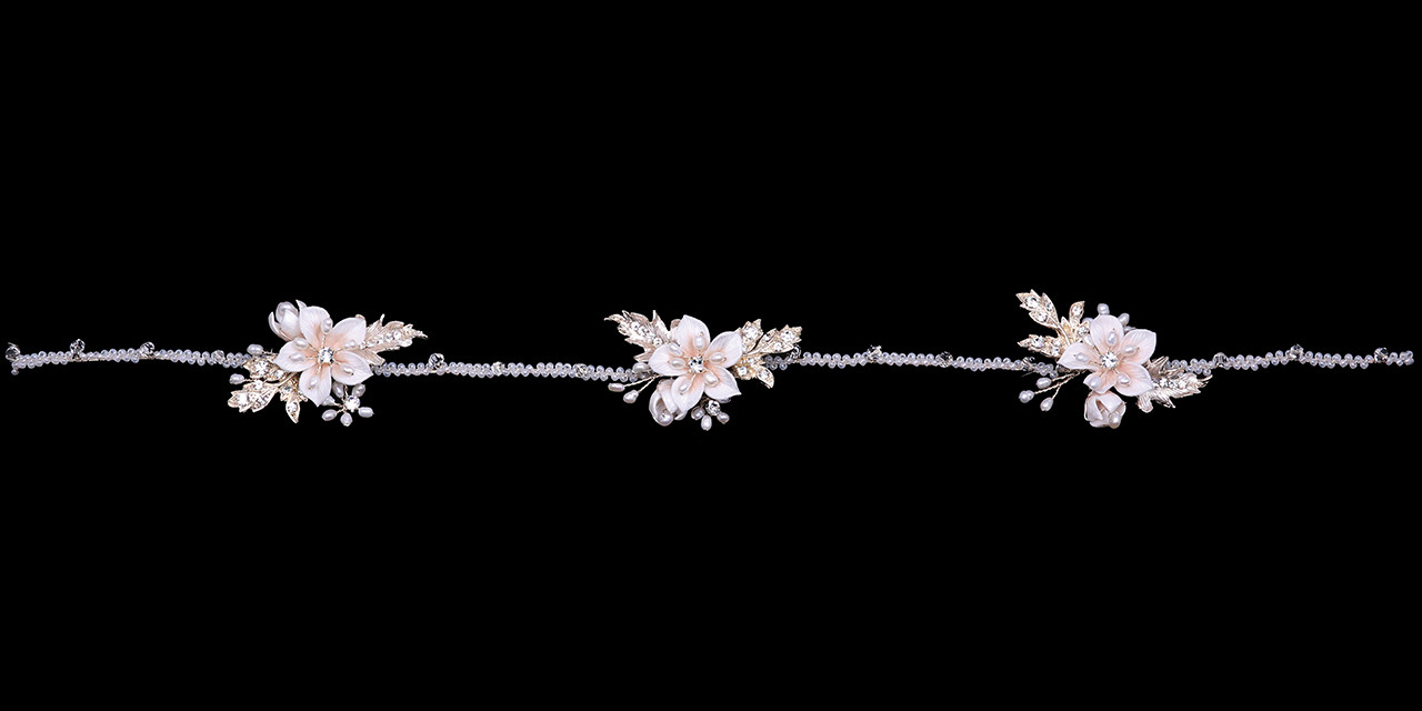 En Vogue Bridal Belt Style BT2180 - Beaded belt with organza ties