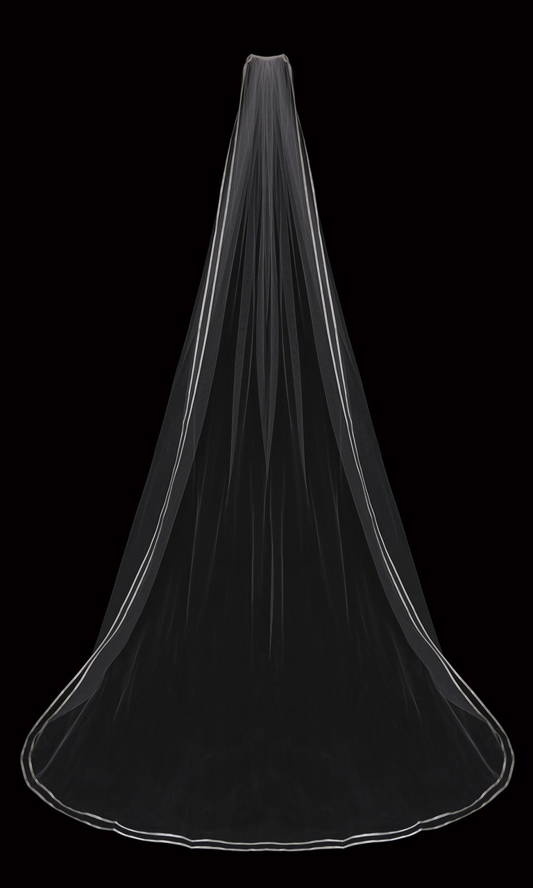 En Vogue Bridal Cathedral Style V2088C - Double satin ribbon edge