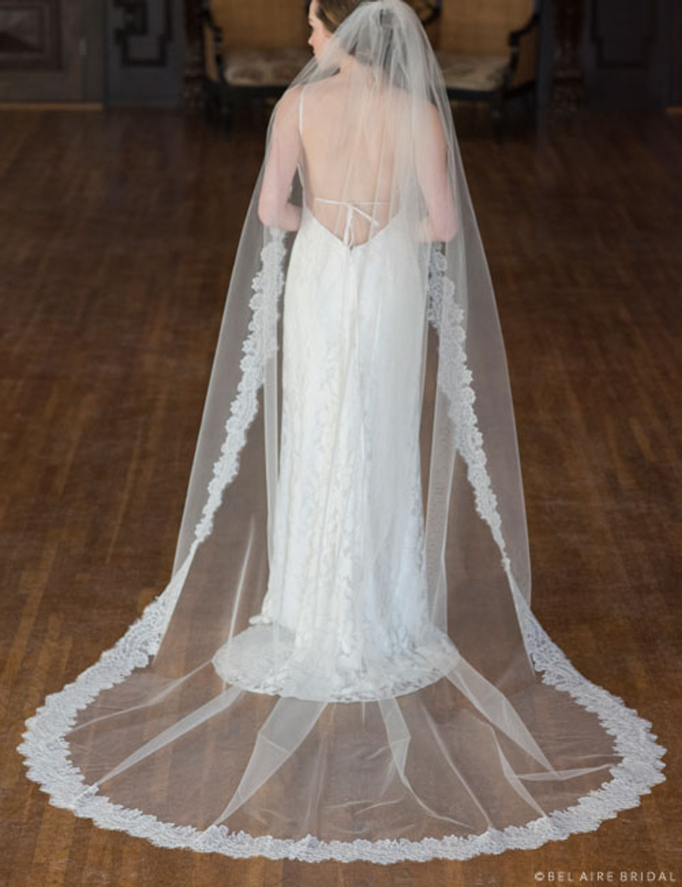 Bel Aire Bridal Veils V7359CX - Chantilly Lace Cathedral