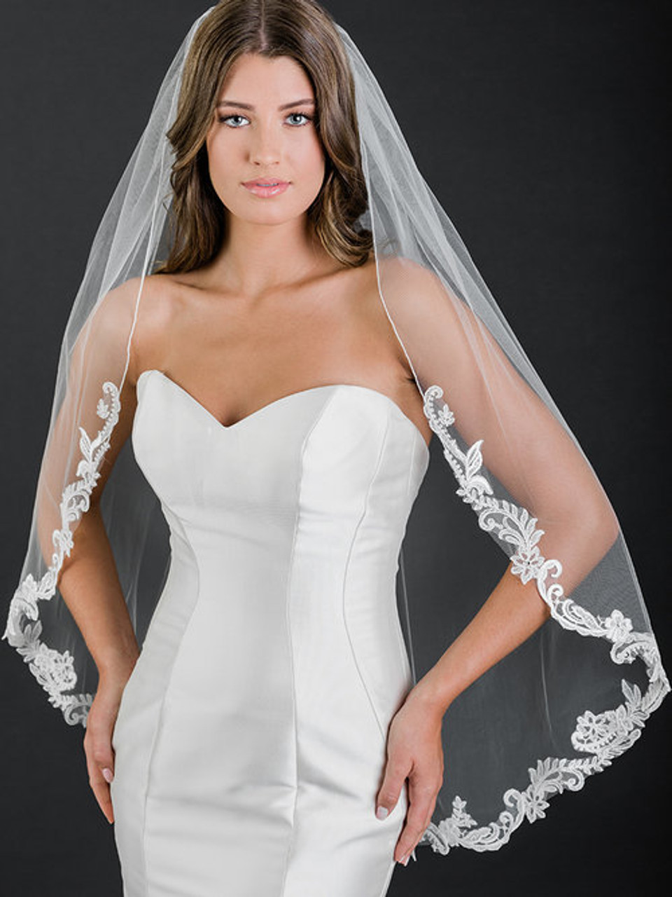 Bel Aire Bridal Veil V7500 - 1-tier fingertip rolled edge veil with scroll and floral lace