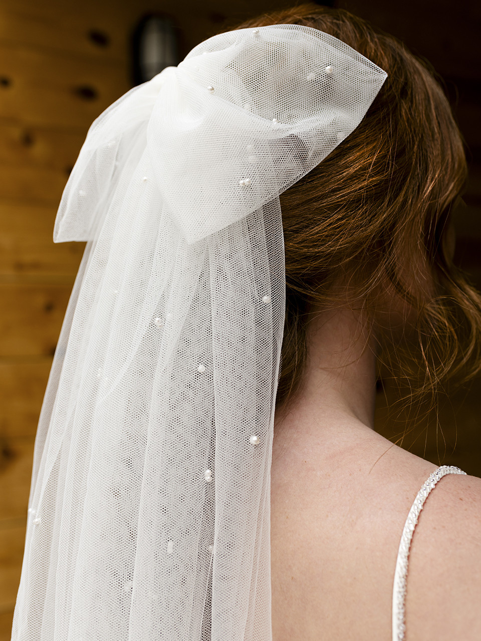 En Vogue Bridal Style V2297C - English Luxe Tull Veil With Scattered Pearls And Raw Edge - 108 Inches