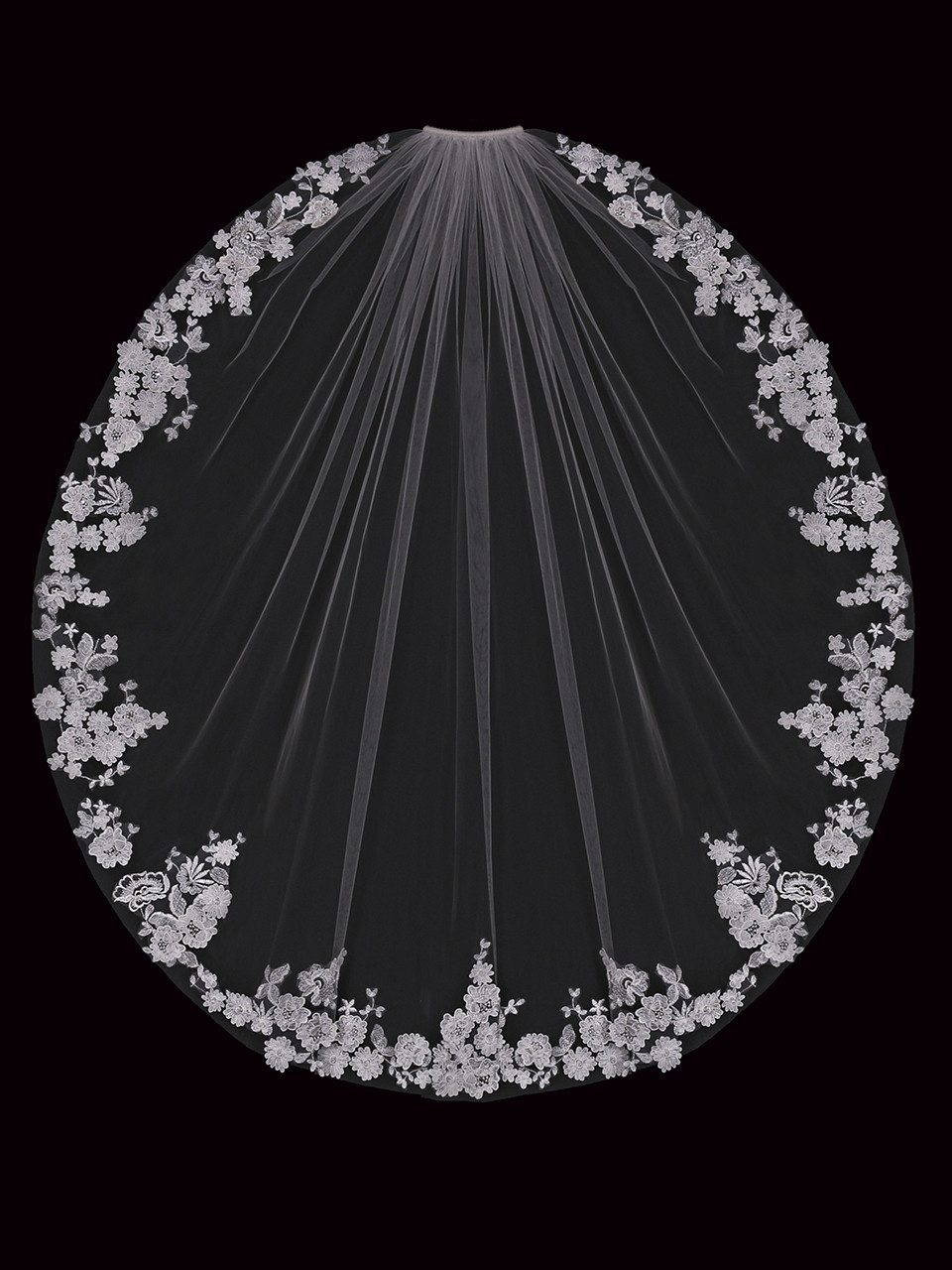 En Vogue Bridal Style V2287SF - English Tulle Bridal Veil With Lace Appliques - 41 Inches