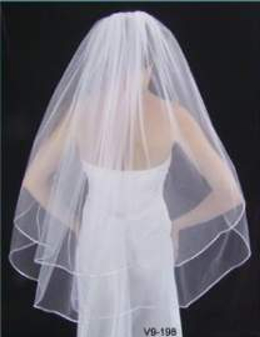 "LC Bridal Style V9-198 - Two Tier Fingertip w/ Satin Cord (Rattail) Edge Veil - 30""/36"""