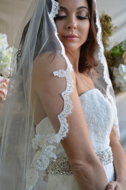 "Elena Designs Wedding Veil Style E1181L - Scallop Lace Edge Veil - 120"" Long"