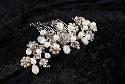 Erica Koesler Style A-5610 - Rhinestone flowers, freshwater pearls comb