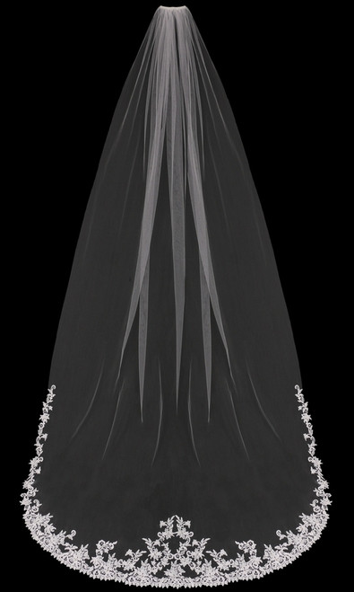 En Vogue Bridal Style V1898C - English tulle cathedral veil with lace edge - Cathedral