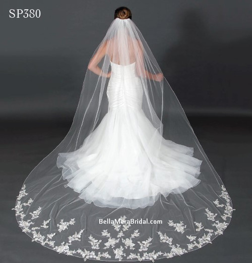 "Giselle Bridal Veil Style SP380 - Unbeaded Flower Motif Metallic Lace - 120"" Long"
