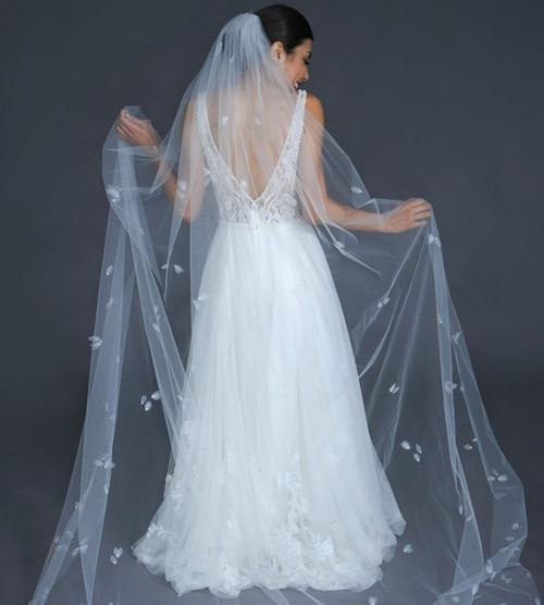 "Erica Koesler Wedding Veil 952-100 - (100"" inches long) - Single tier, cut edge, delicate organza and rhinestones silver comb"