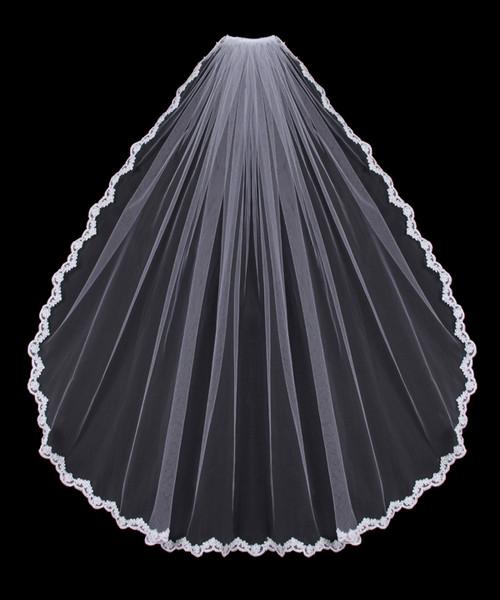 En Vogue Bridal Veil Style V451SF - Lace Applique Edge