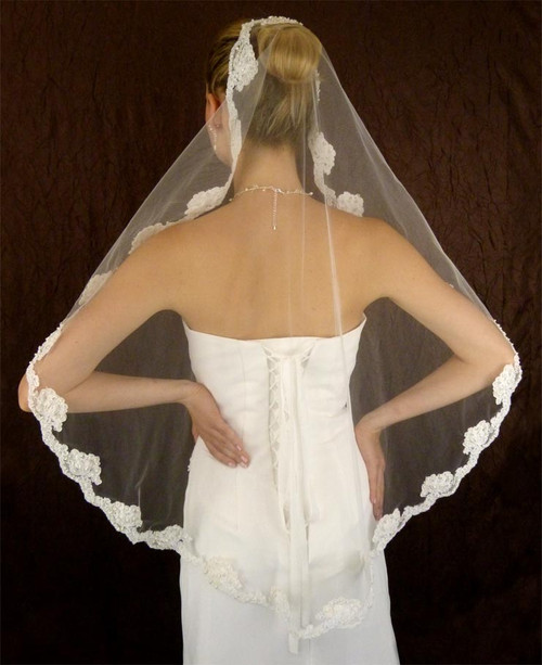 LC Bridal Style V2214-448 - One Tier Fingertip w/ Mantilla, Alencon Lace Edge Veil