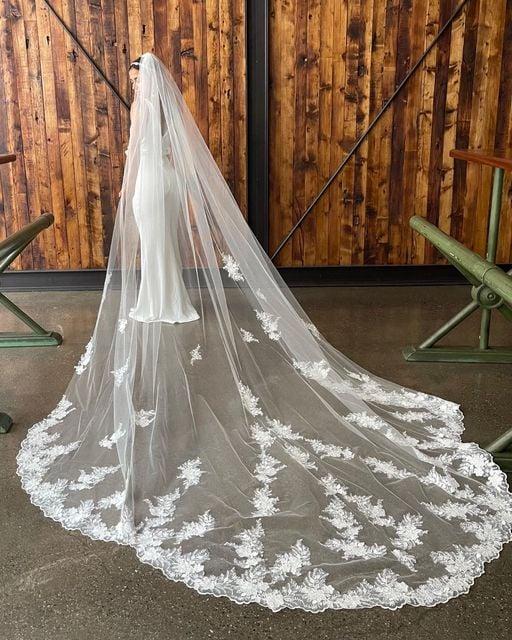 Marionat Bridal Veils - Cathedral Veils - Lace Wedding Veils