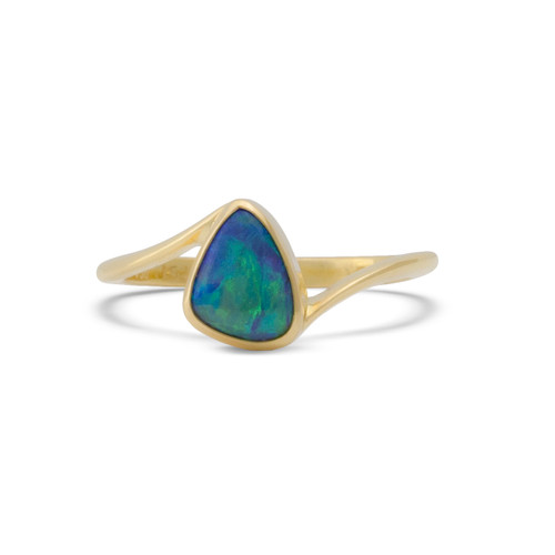 Lost Sea Opals Tryst Ring - 18k Gold Black Crystal Opal
