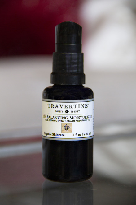 pH Balancing Moisturizer (Age-Defying with Retinol and Green Tea)