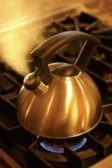 teapot boiling