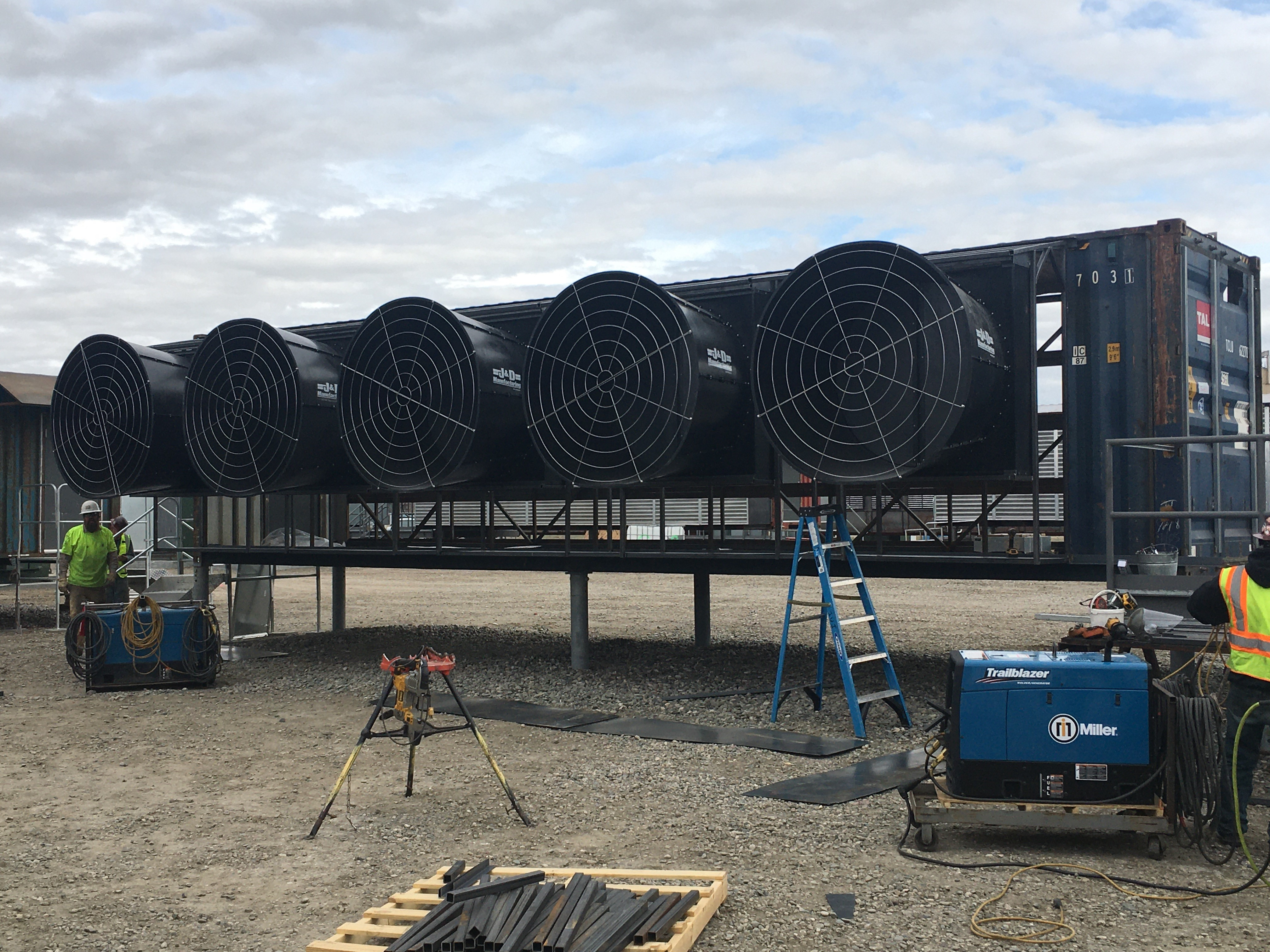 hardin-data-center-magnum-fans-mounted-into-container-factory-fans-direct-888-849-1233.jpg