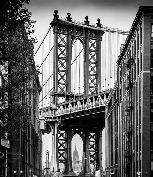 GM0040 Grace & Gardenia Manhattan Bridge Premium Peel and Stick Mural 8.67ft. wide x 10ft. height, Black White Gray