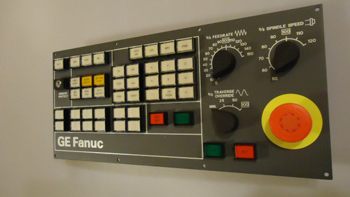 NEW GE FANUC OPERATOR PANEL 44C741055-G04R05 400MM KEY INCLUDED