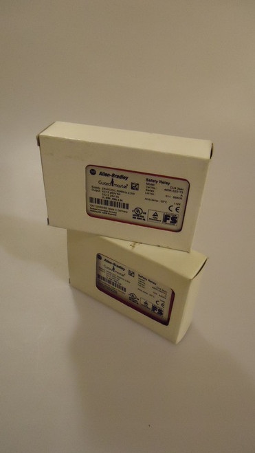 LOT OF 2 ALLEN BRADLEY GUARD MASTER 440R-S23173 24V CU4 3SEC