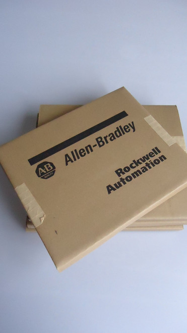 *BIG Sale* Sealed Allen Bradley 2711P-RC3 Compact Flash 256MB