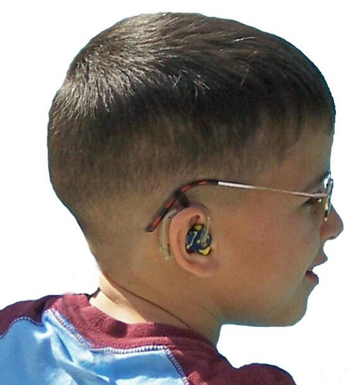 Our SafeNSound Duo™ attaches a BTE hearing instrument and glasses without the strap portion. This product is excellent for those who wish to keep both items snug and secure without the adjustable strap. This product is available in Black or Clear and comes in either a 2 item package or 4 item Value Pack.