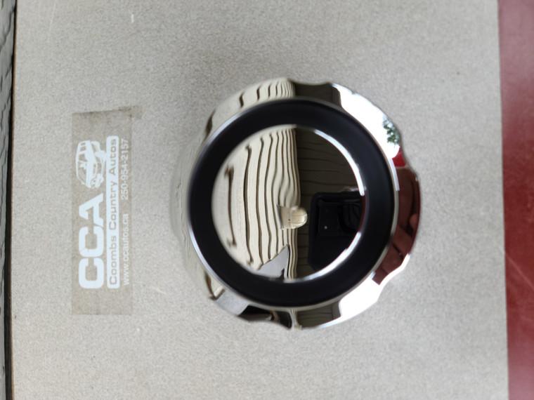 L300 Rear wheel chrome center cap - Genuine part