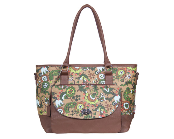 With its wipe clean exterior and easy access front pockets, the Carry-All-Tote Nappy Bag is designed to make even the busiest mums life a little easier.