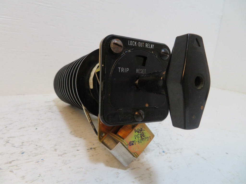 Electroswitch 7810D Series 24 Lockout Relay LOR Switch Electro 7810 D 30-140VDC (NP2433-1)
