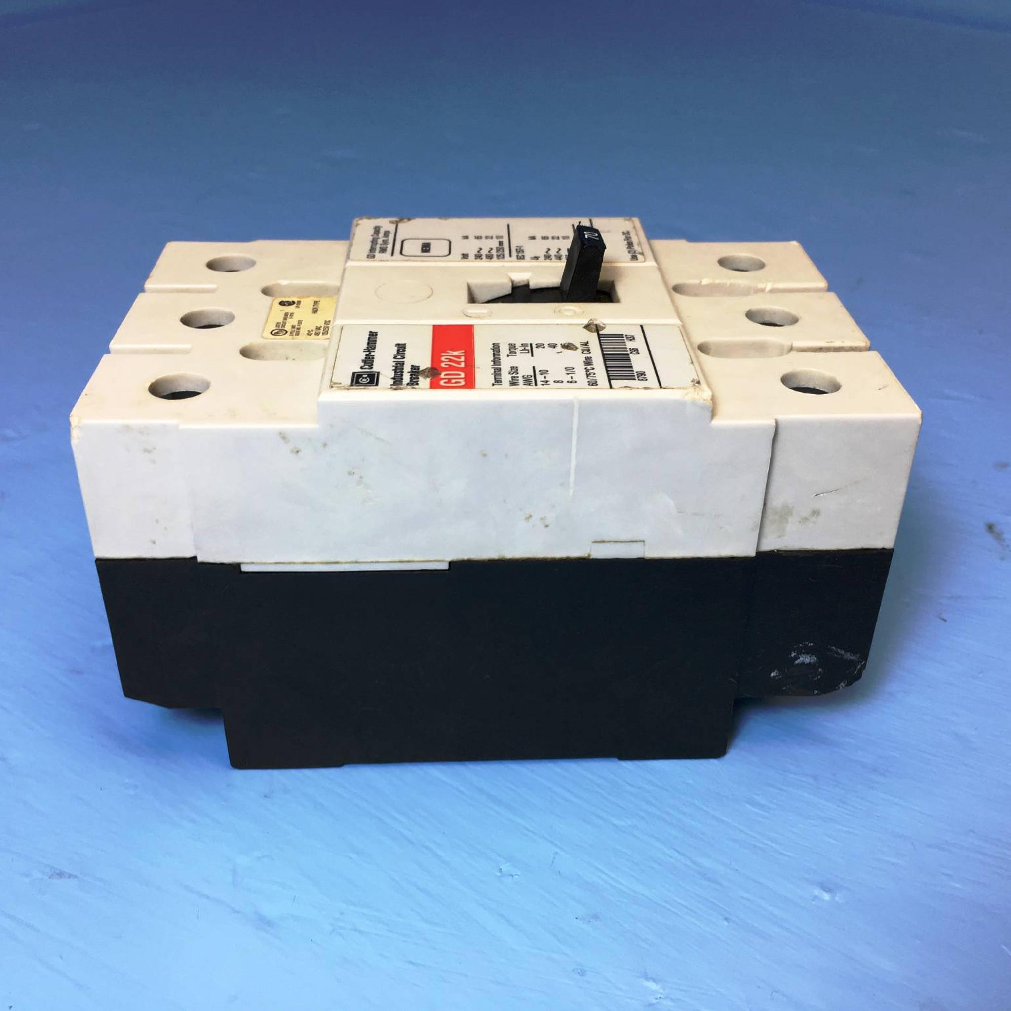 CUTLER-HAMMER INDUSTRIAL CIRCUIT BREAKER  50 AMP GD 22K